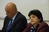 Ministr zdravotnictví Tomáš Julínek a ministryně Džamila Stehlíková diskutují v programu Národní konference