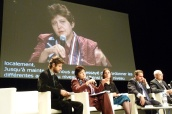 Džamila Stehlíková představuje nejdůležitější projekty české vlády v prosazování rovných příležitostí na 2. summitu rovnosti v Paříži