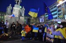Demonstrace na Václavském náměstí na podporu Ukrajiny